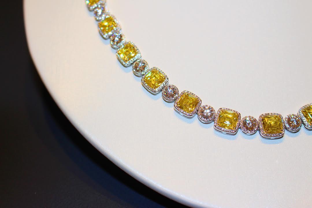 Tiffany & Co Rideau Centre Ottawa Canada Style Dominatioon Fancy Yellow Diamonds Canary Yellow