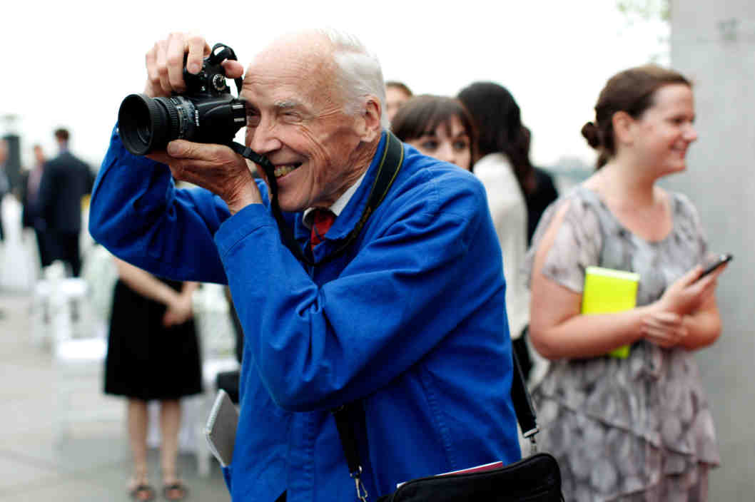 Bill Cunningham Street Style Photographer Style DOmination