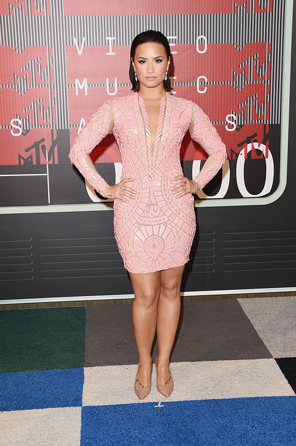 Demi Lovato VMAs 2015 Miley Cyrus Nicki Minaj Style Domination Fashion Blogger