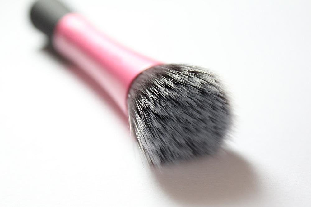 Real Techniques Stippling Brush Style Domination Fashion Beauty Blogger