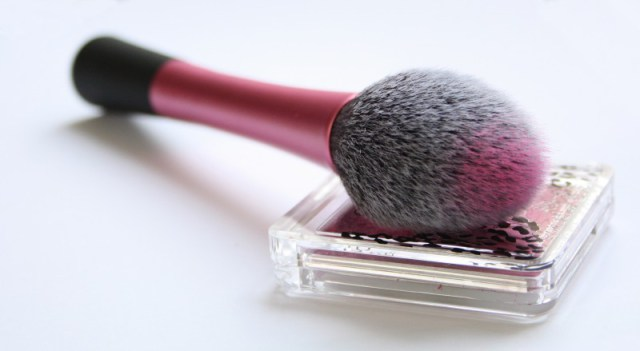 Real Techniques Blush BrushStyle Domination Fashion Beauty Blogger