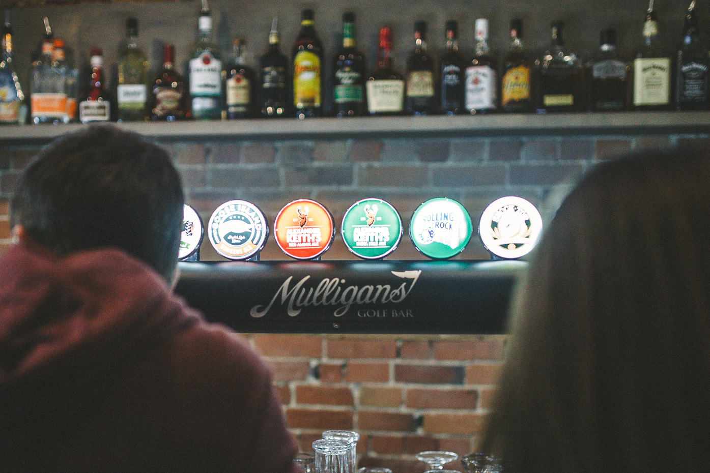 Mulligans Golf Bar: A Hole In One!   www.styledomination.com