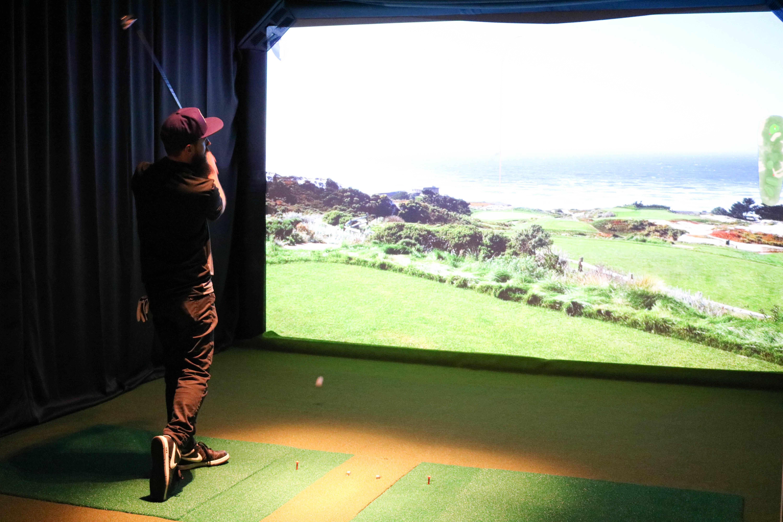 Mulligans Golf Bar: A Hole In One! | www.styledomination.com