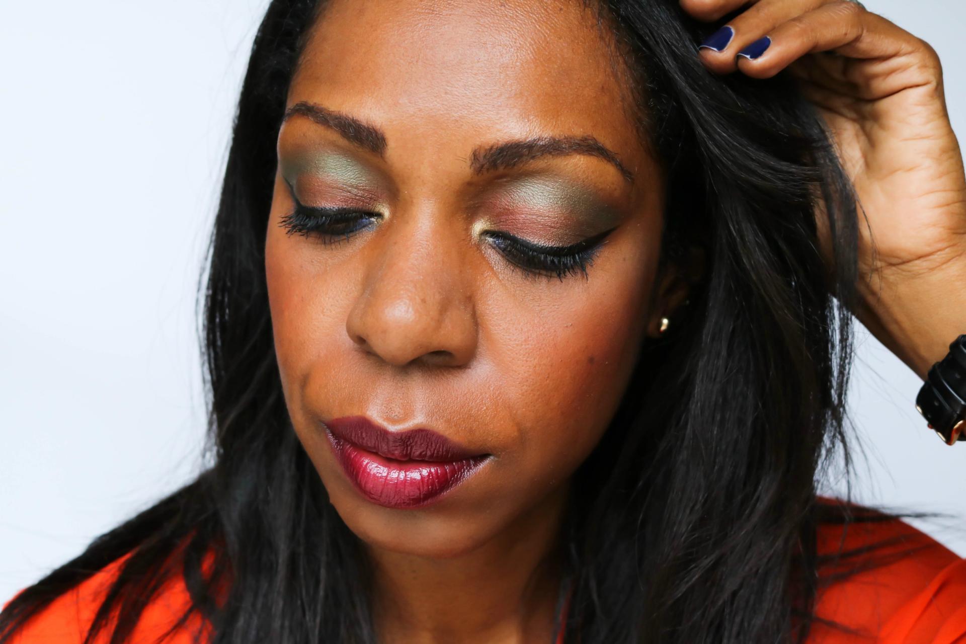 MAC Cosmetics Diwali Light Festival Eyeshadow x 9