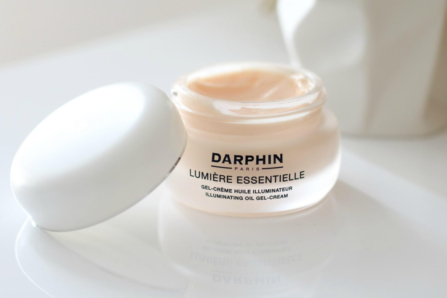 Darphin Paris Lumiere Essentielle Collection