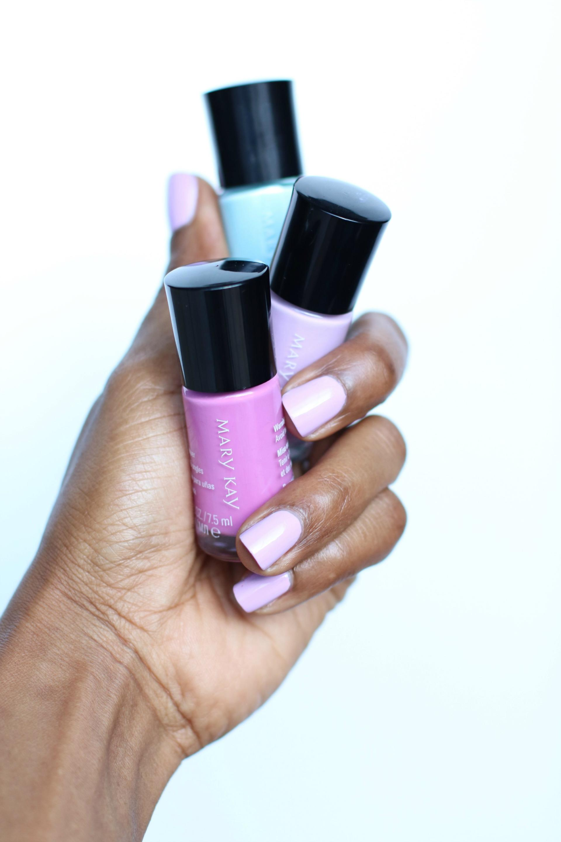 Mary Kay Light Reinvented Nail Lacquers