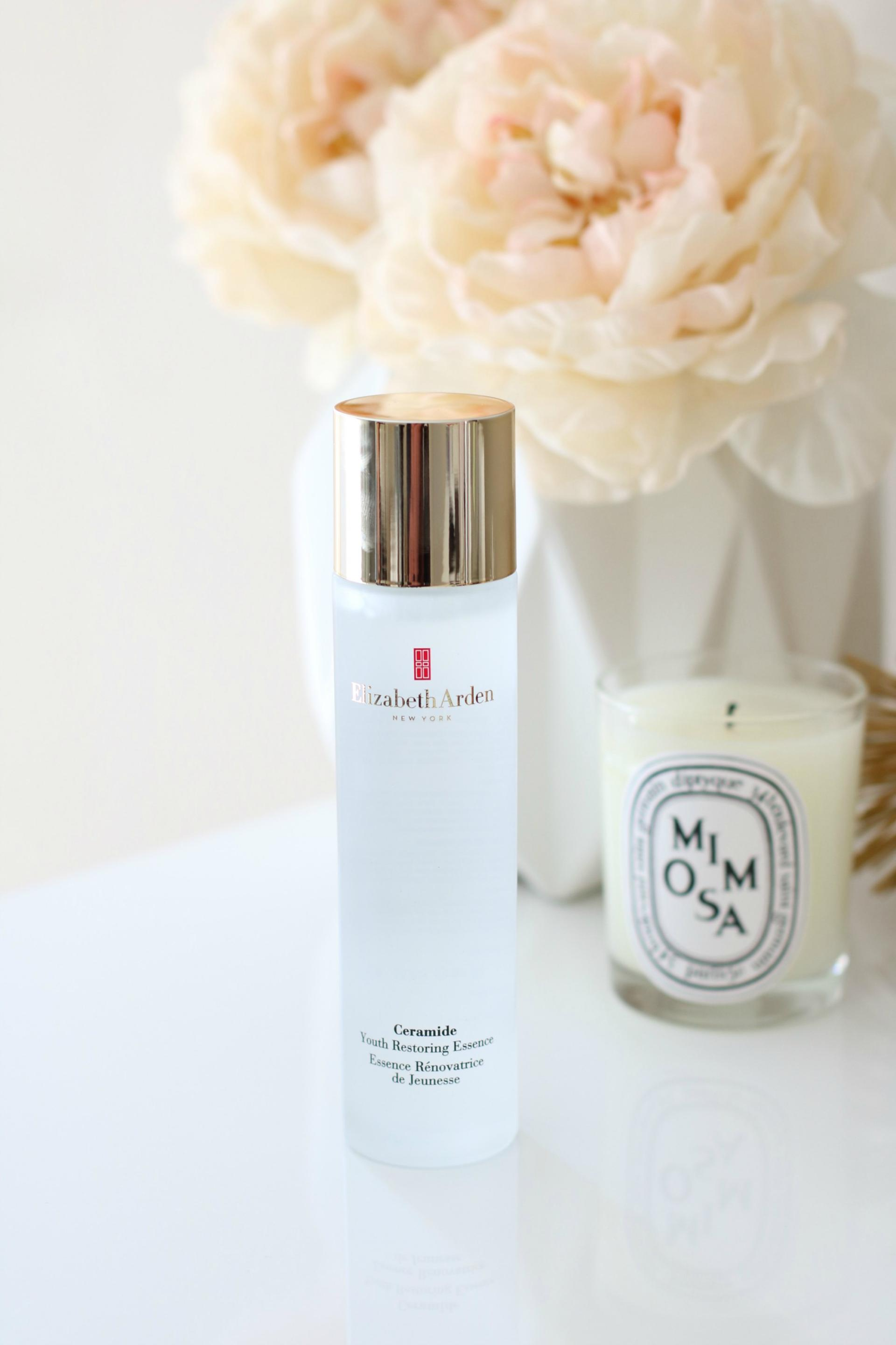Elizabeth Arden Youth Restoring Essence