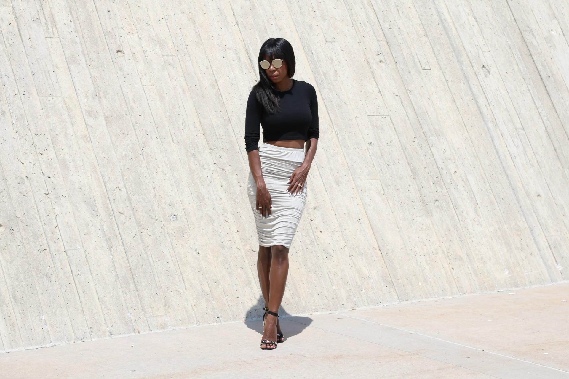 724 High-Waisted Skirt