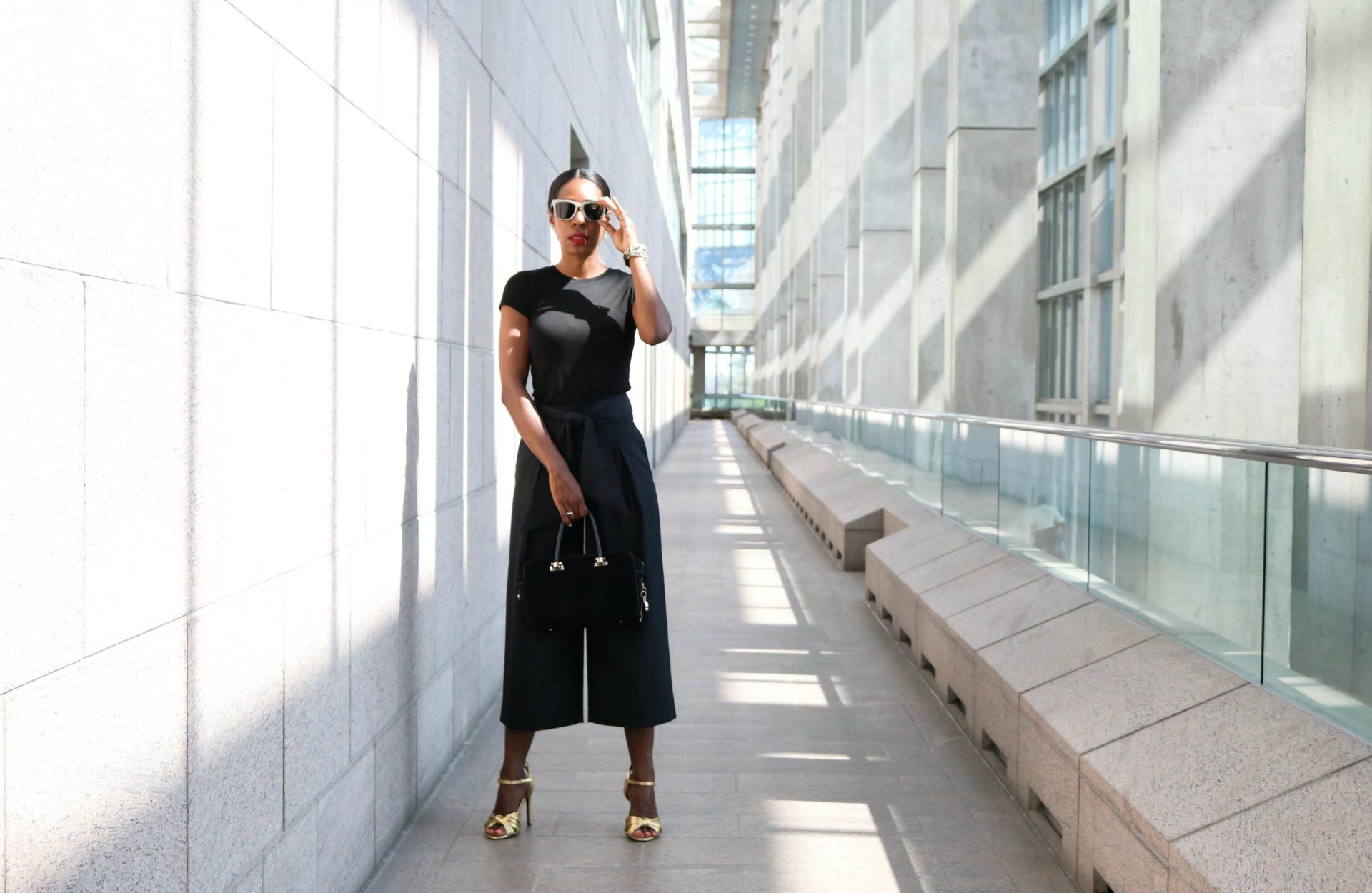 How To Rock Gold Metallic Sandals Like A Boss - Style Maven