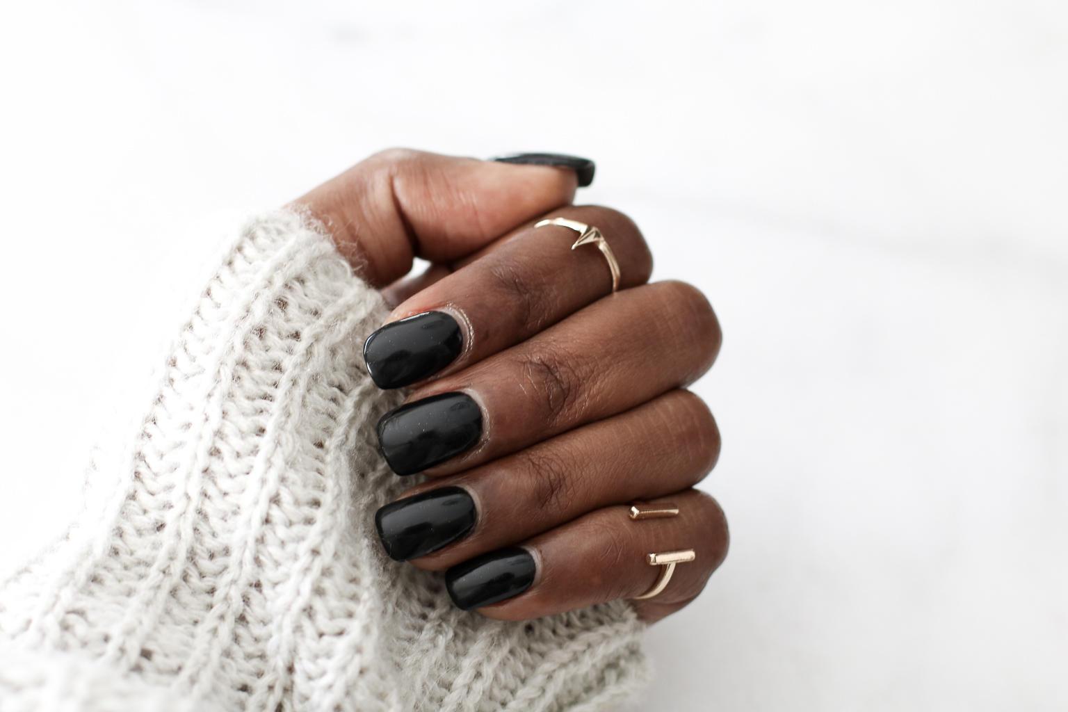 Dip Nails - super shiny, super long-lasting, super fabulous! Nail Bar Ottawa