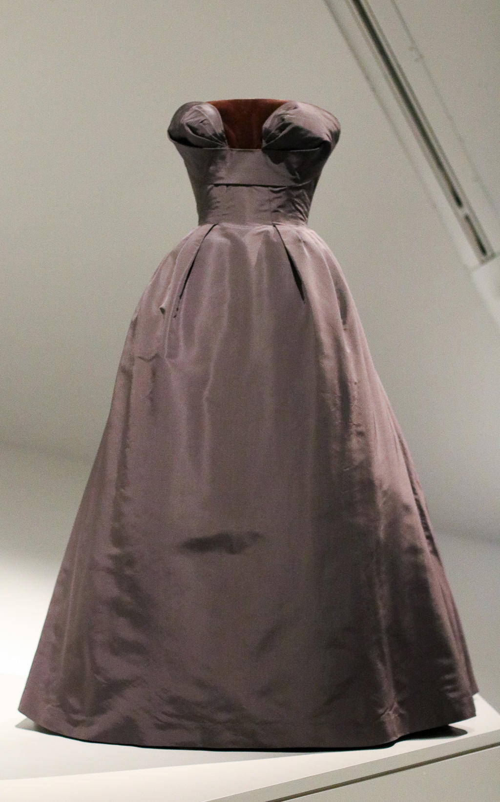 I was invited to view the Christian Dior Exhibit Presented by Holt Renfrew at the ROM - Here is my experience | Style Domination