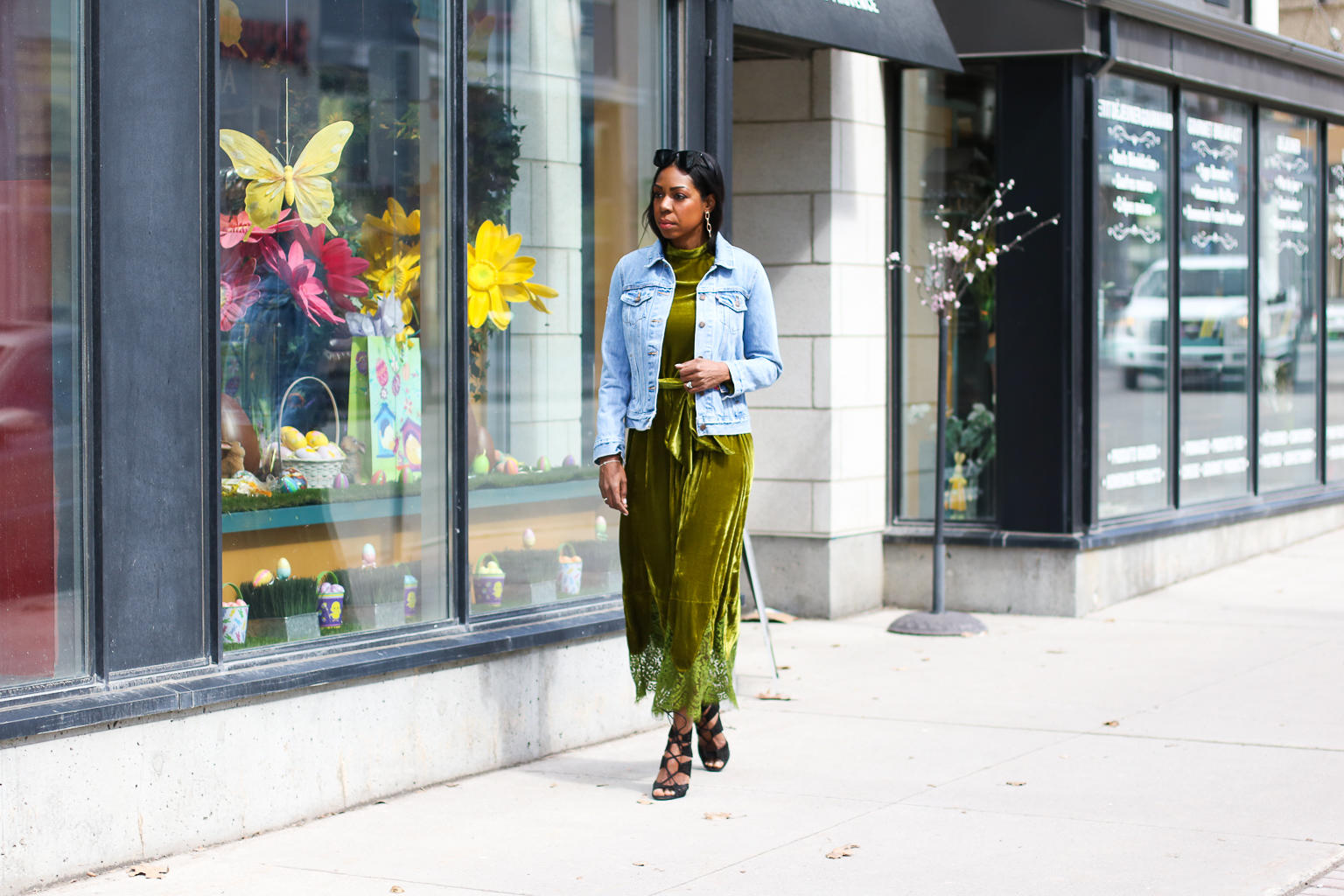 An Effortless Way To Wear A Green Velvet Dress