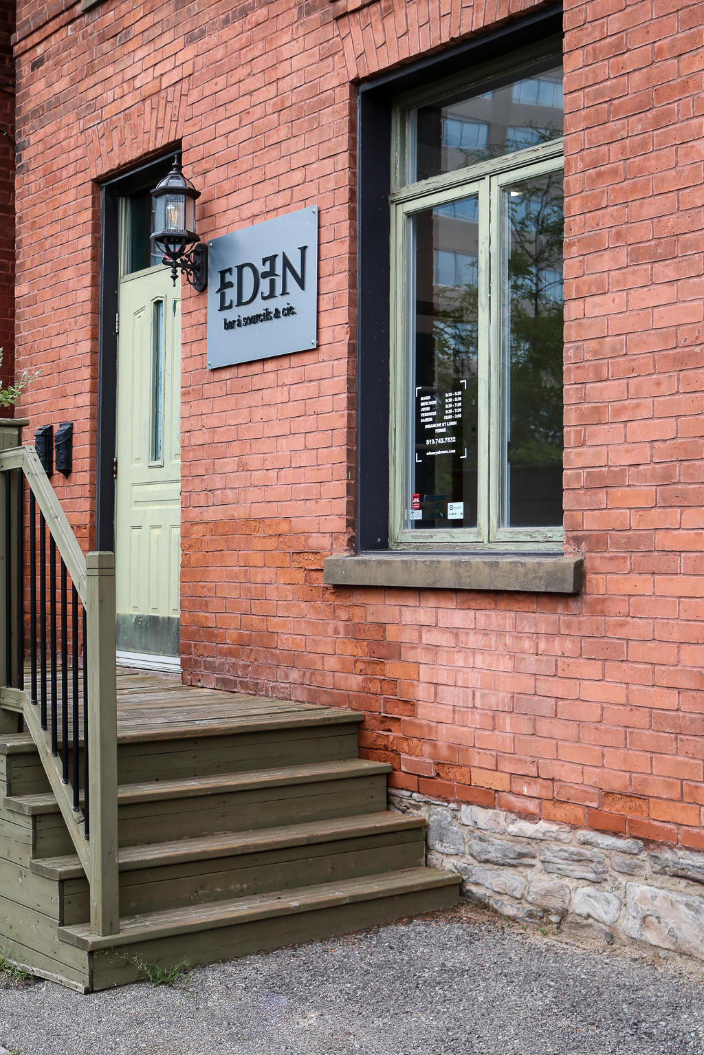 The Best Spot In Ottawa/Hull For Perfect Brows: Eden Brow Bar